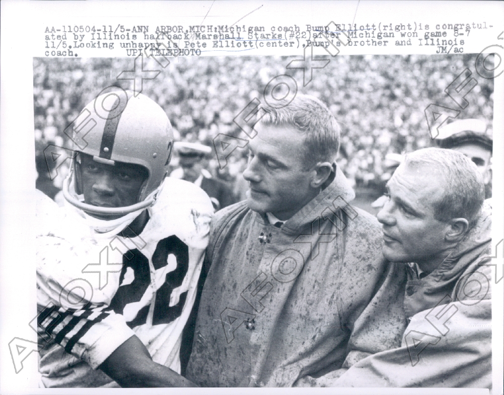 365cb0f93 1960 Michigan Wolverines Football Coach Elliott Illinois M Starks ...